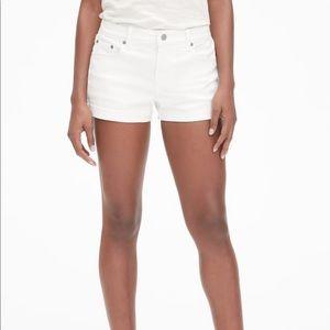 Gap Authentic Best Girlfriend Short White
